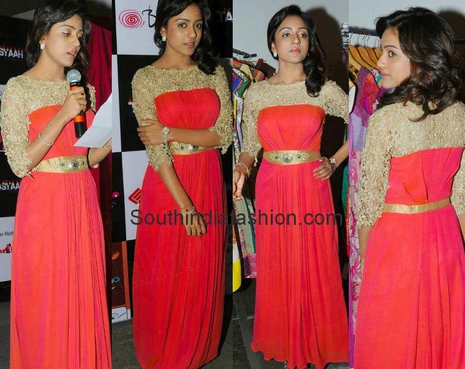 vithika sheru at tasyaah fashion show logo launch