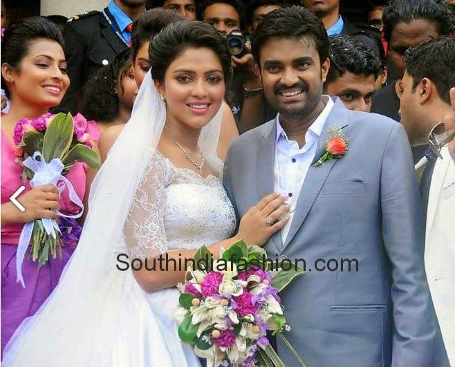director vijay and amala paul engagement photos � south