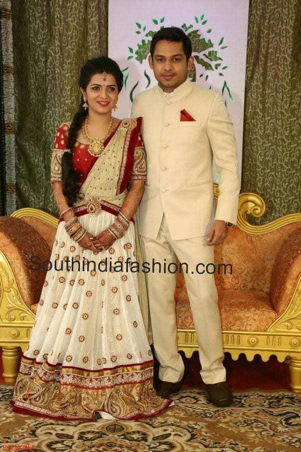 Anchor Divyadarshini Wedding Reception South India Fashion
