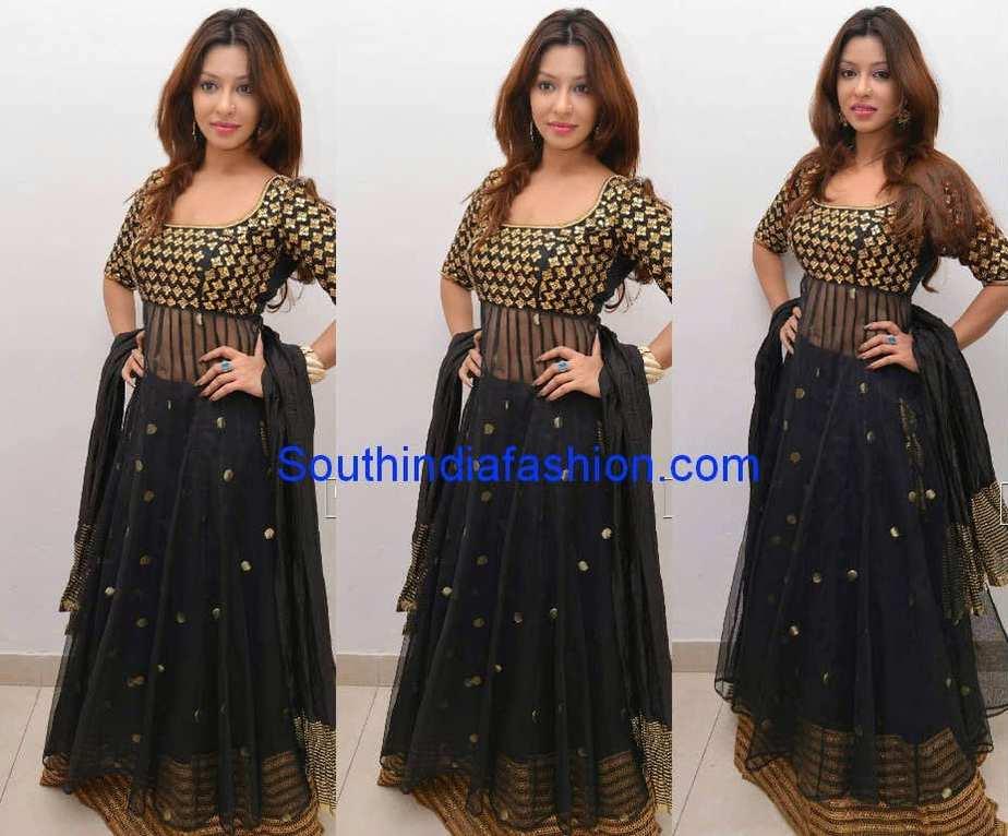 Payal ghosh in black anarkali south india fashion for Archita ghosh