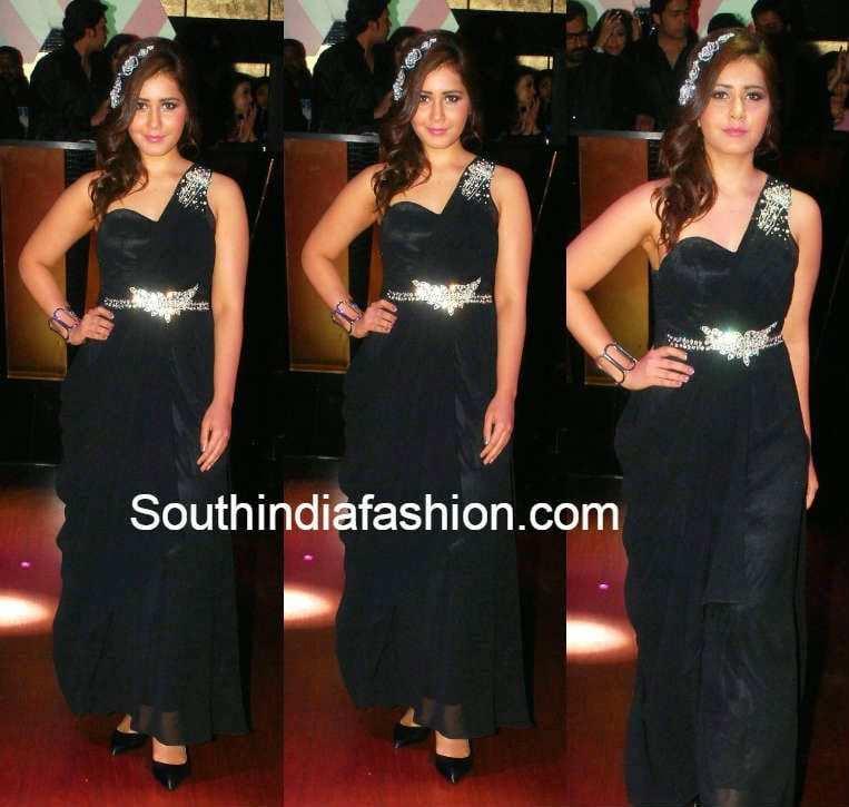 rashi khanna at  The Pink Affair Fashion Show