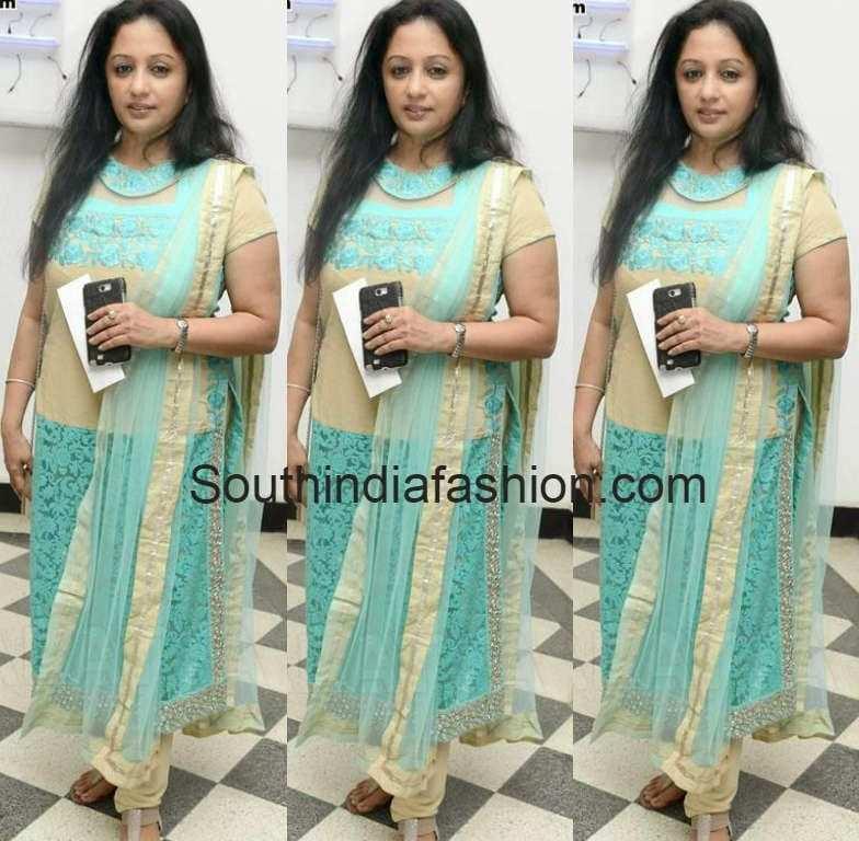 trisha mother uma krishnan