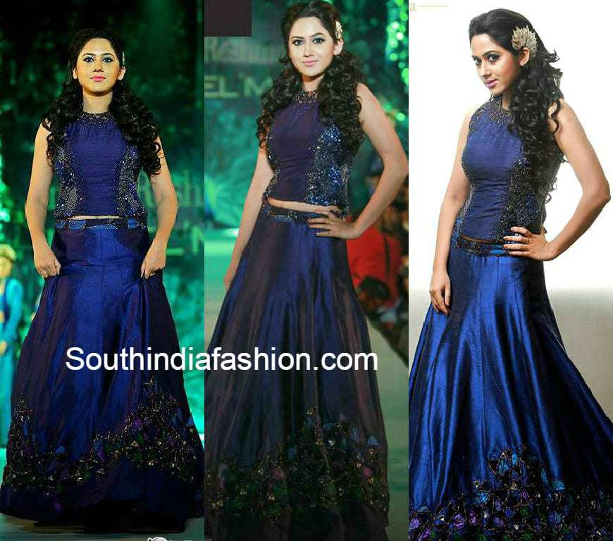 Fashion designers manish malhotra 18