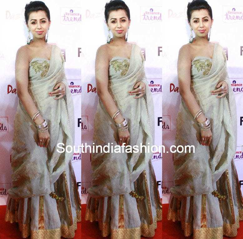 nikki_galrani_at_filmfare_awards_south_2015