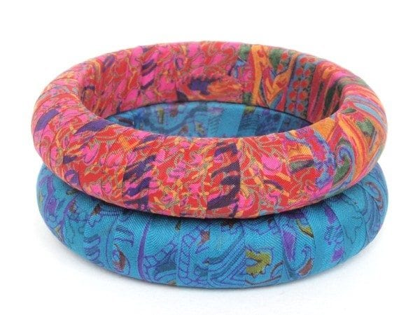 bangles_decorated_with_silk_cloth