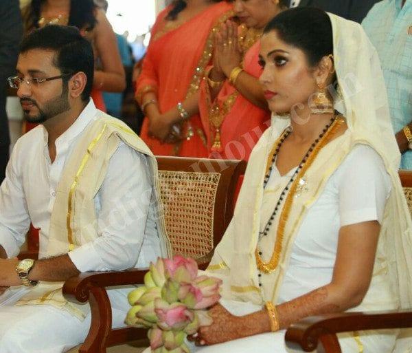 Muktha Rinku Tomy Engagement And Wedding Photos South
