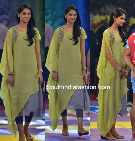 snehareddy_yellow_salwar_at_prokabaddi