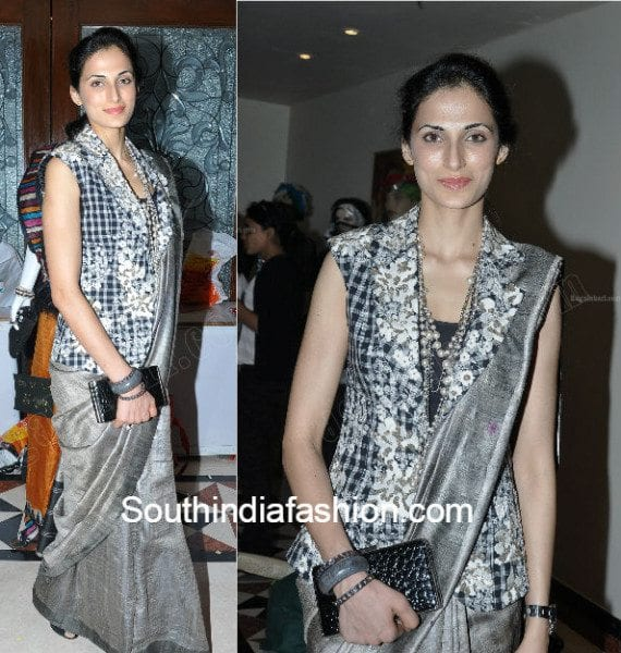 shilpareddy_traditional_saree_with_jacket_blouse