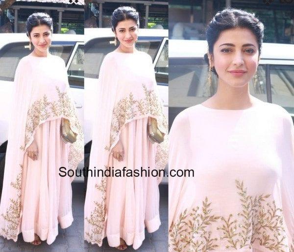 shruti_haasan_prathyusha_garimella_cape_gown_thoongavanam_music_launch