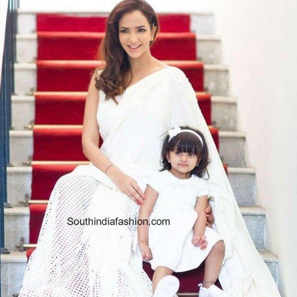 Manchu Lakshmi with her daughter