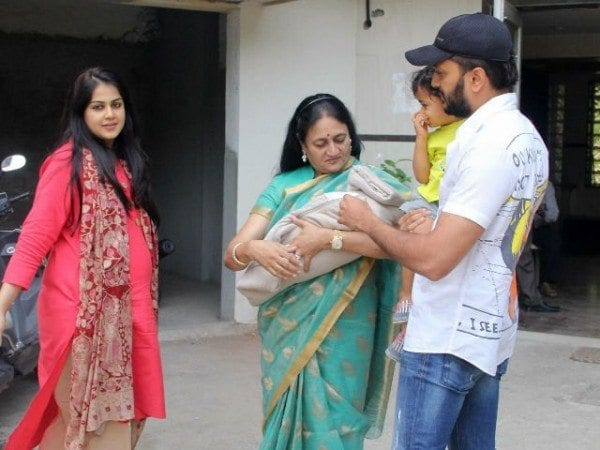 Genelia Amp Riteish Photographed With Their Newborn Baby