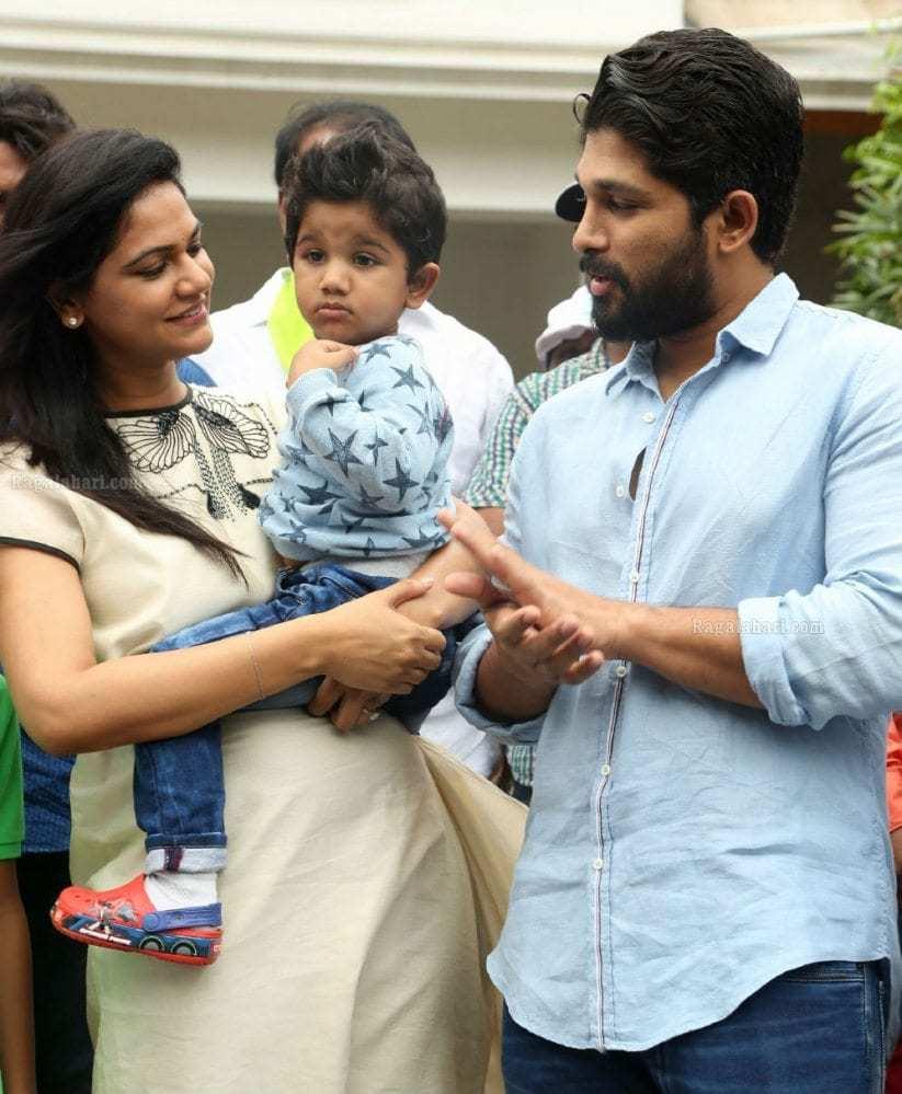 Allu Arjun Family Photos Allu Arjun Family Rare Pics Pictures to pin ...