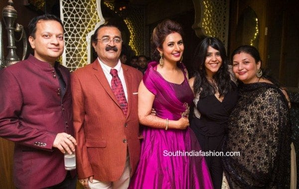 divyanka_trip[athi_reception_mumbai_2