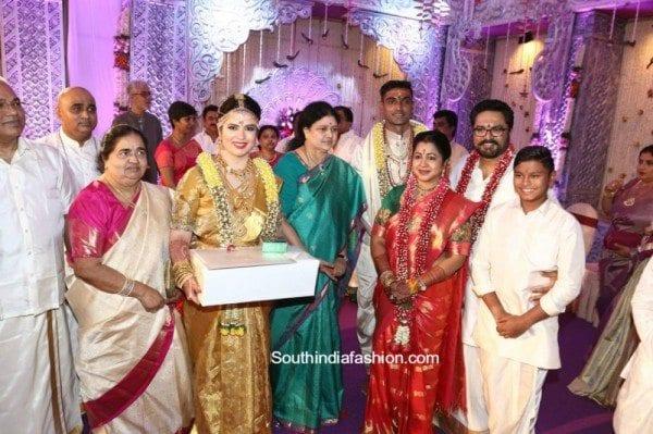 radhika_daughter_rayae_marriage_pics