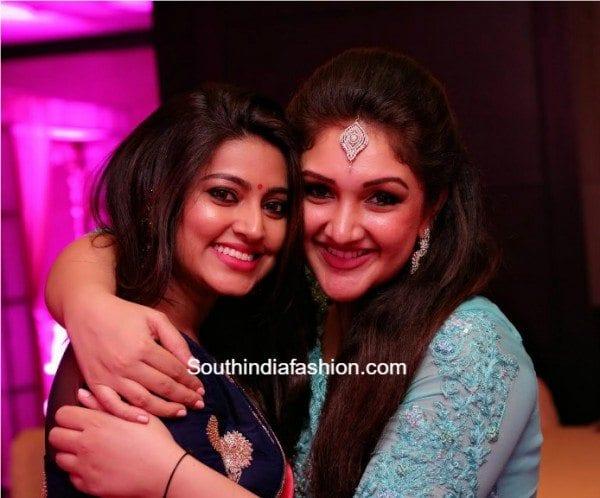 sneha_at_sridevi_vijaykumar_daughter_cradle