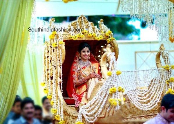 vasundhara_jewellery_ceo_son_marriage