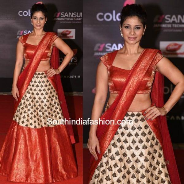 tanishaa-lehenga-mayur-gorotra-star-dust-awards-2016