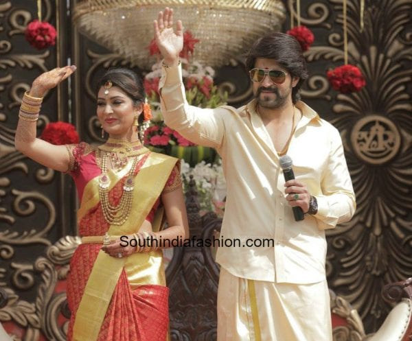 radhika-pandit-yash-marriage-reception