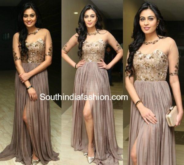 neha-hinge-srivalli-audio-launch-gown