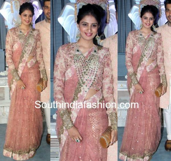 swathi nimmagadda sabyasachi saree keshav reddy wedding 600x565