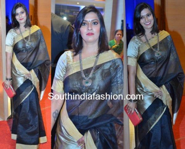 varalaxmi saratkumar black silk saree 600x485