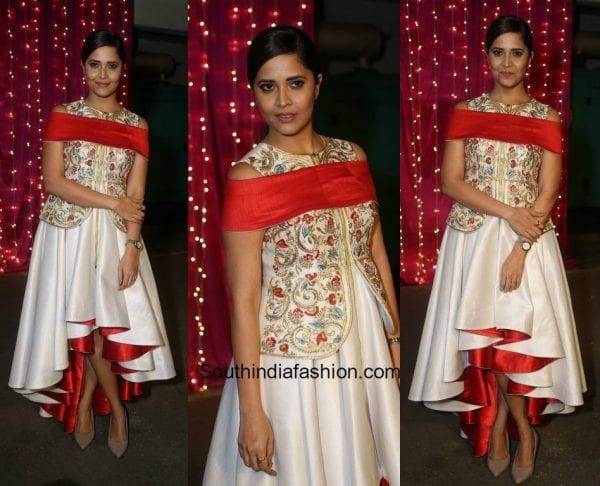 Anasuya Bharadwaj in Samant Chauhan at Zee Apsara Telugu Awards 2017