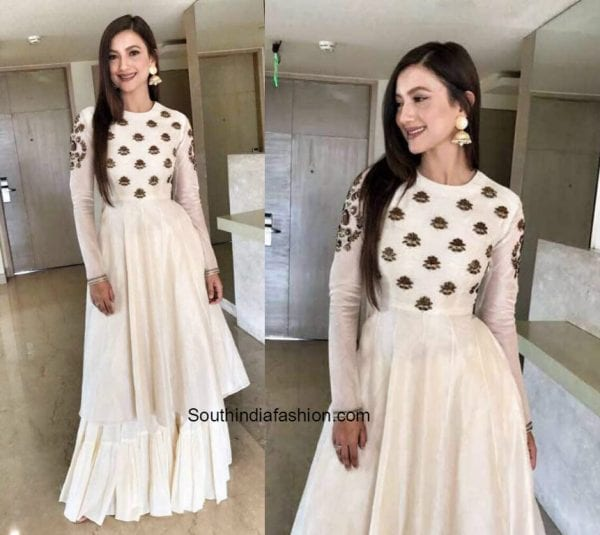 Gauhar Khan in Radhika Airi outfit for a Jewelry Store opening in Aligarg 1 600x535