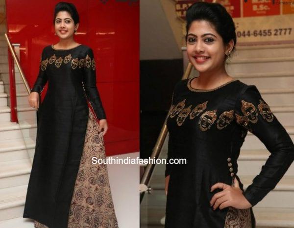 Nayana in a black kalamkari mastani dress 1
