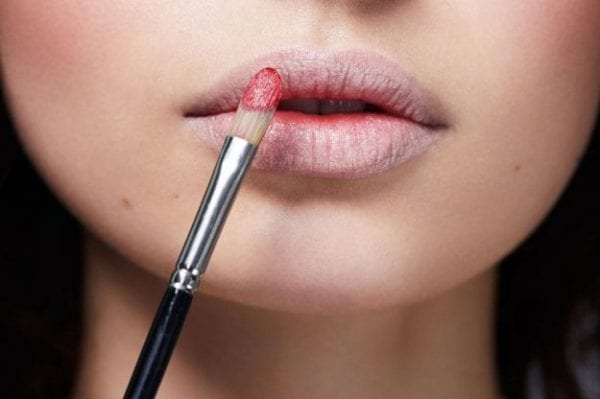 concealor-of-lips