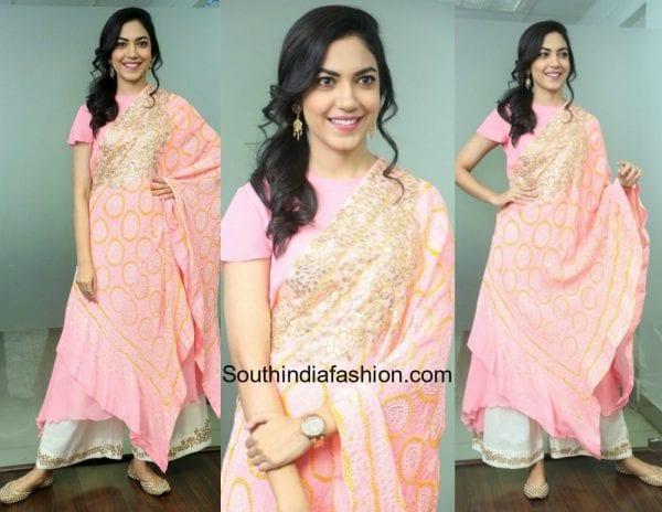 Ritu Varma in a pink salwar suit 600x464