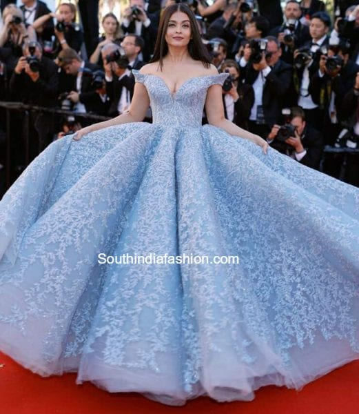aishwarya rai bachchan blue gown cannes film festival 2017 521x600