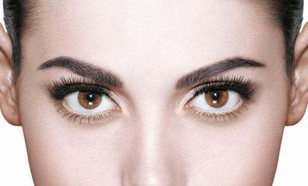 powder-lashes-before-mascara