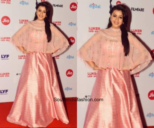 Nikki Galrani in Pink Peacock Couture at Jio Filmfare Awards 2017