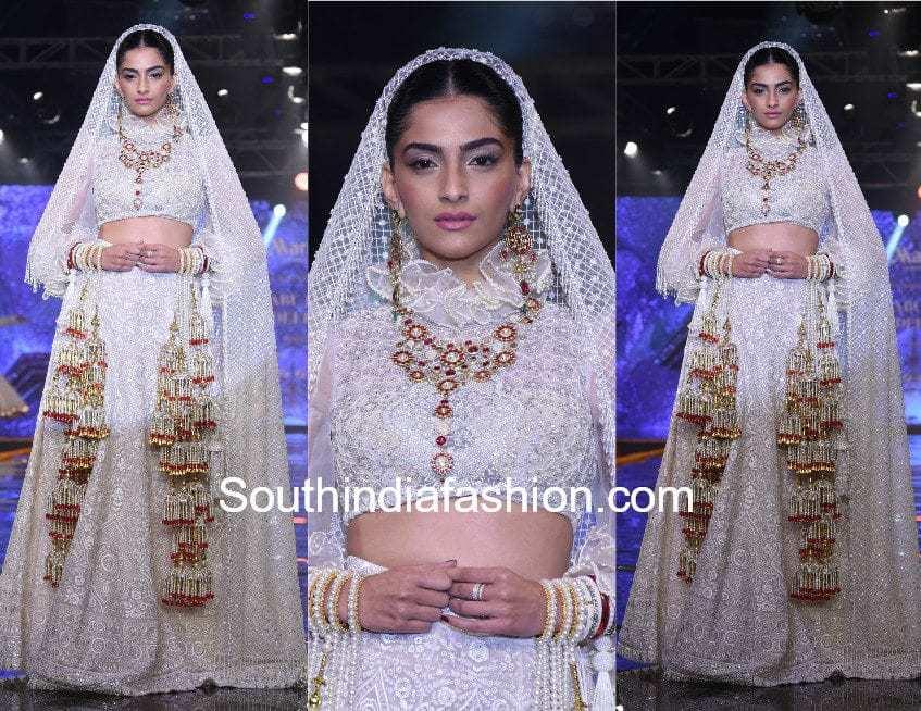 Abu Jani Sandeep Khosla bridal fashion show sonam kapoor white lehenga