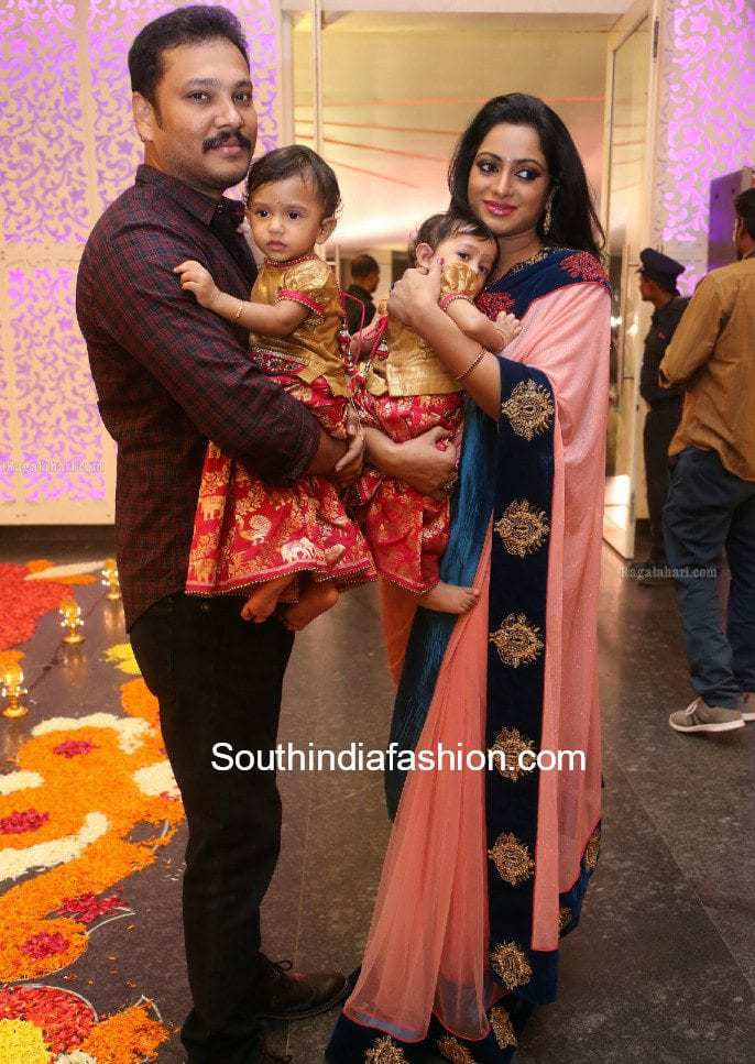 Udaya Bhanu Family at Maithri's Wedding – South India Fashion