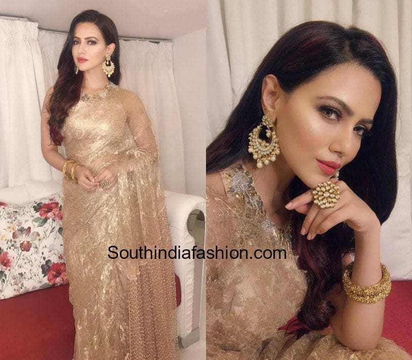 Sana Khan in Raashi Kapoor saree for Diwali party