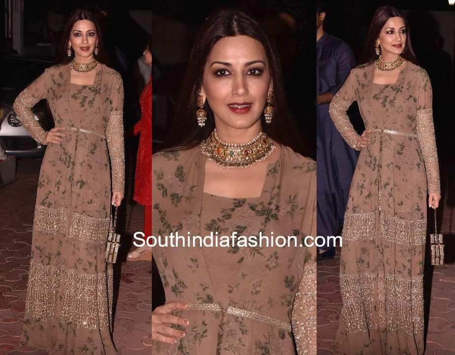 sonali bendre in sabyasachi gown shilpa shetty diwali party 2017