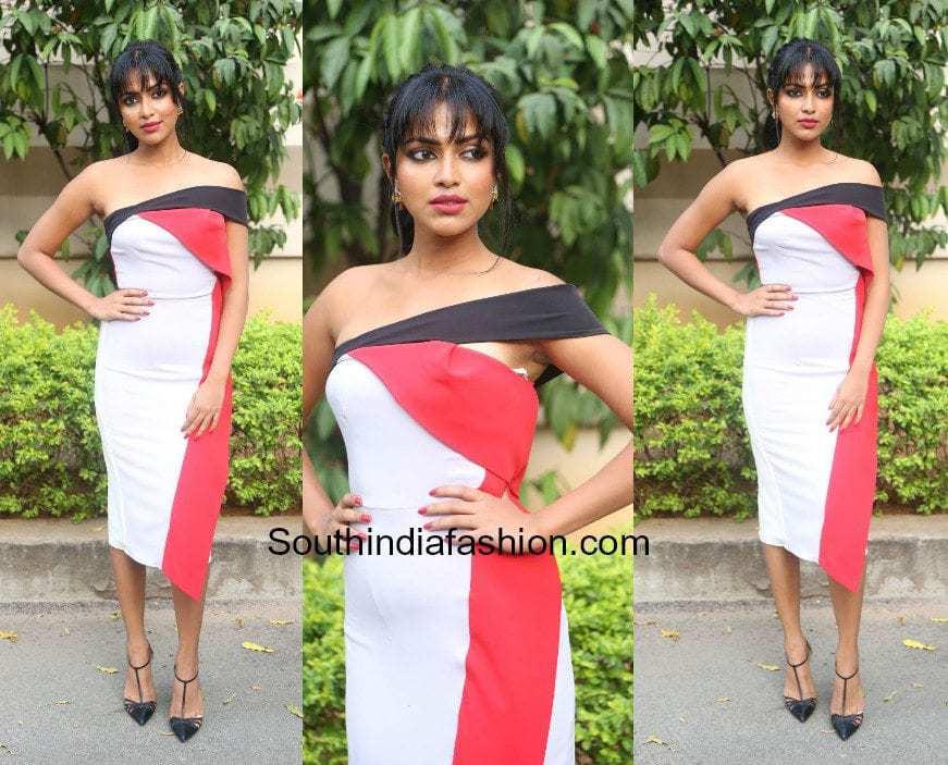 Amala Paul in color blocked dress