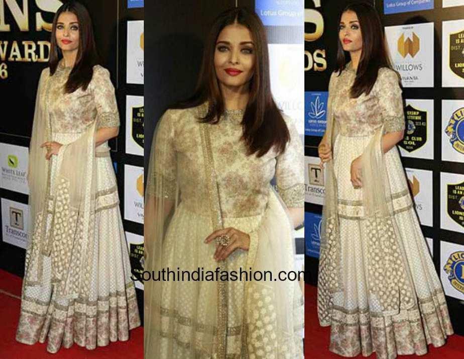 Aishwarya Rai in Sabyasachi Anarkali at Lions Awards 2017