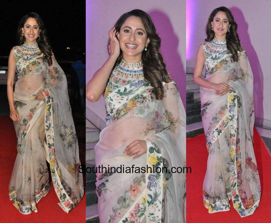 a81b6f46ec76ea Pragya Jaiswal in Ritu Kumar at Kakatiya Cultural Festival in Hyderabad pragya  jaiswal floral saree high neck blouse