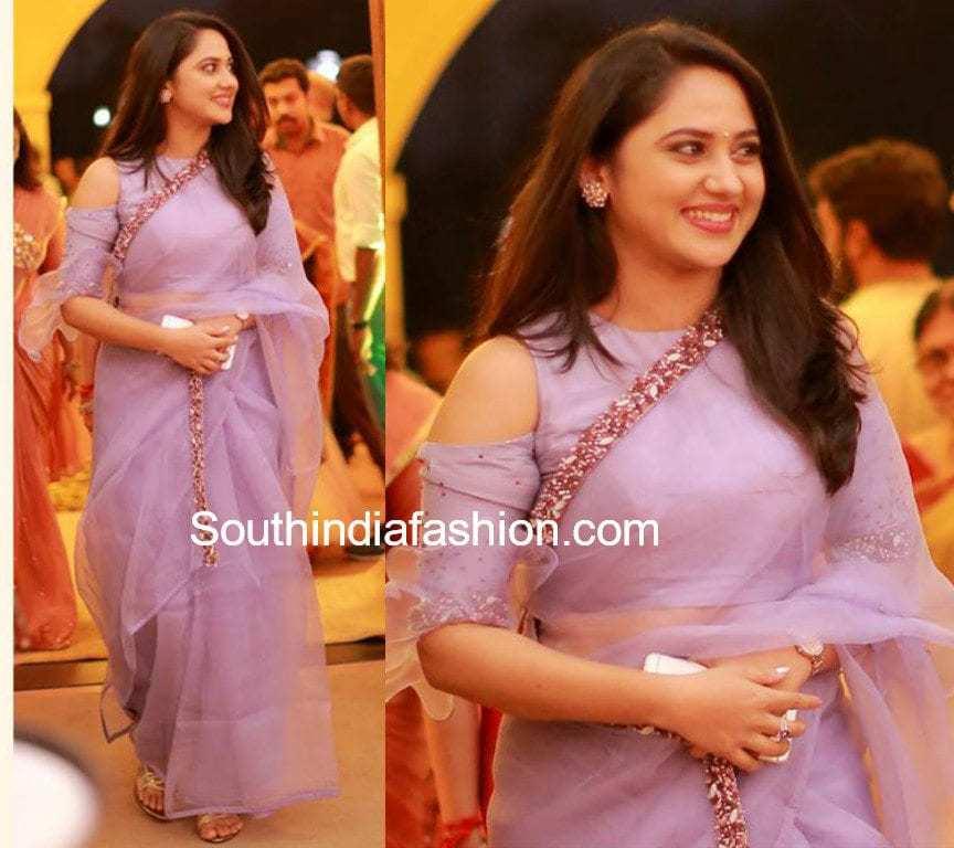 miya george organza saree at bhavana wedding reception