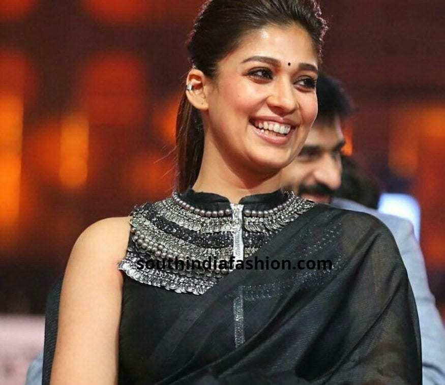 Designer blouse With plain saree