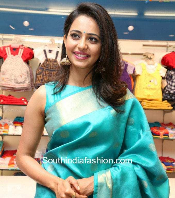 silk saree with sleeveless blouse
