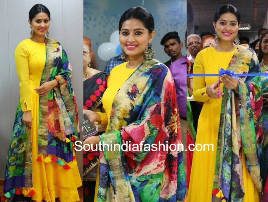 sneha prasanna yellow anarkali printed dupatta at vcare clinic launch