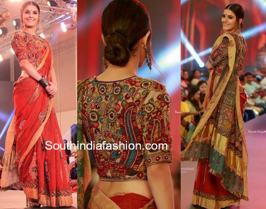 isha talwar in kalamkari handloom saree at kerala fashion week 2018