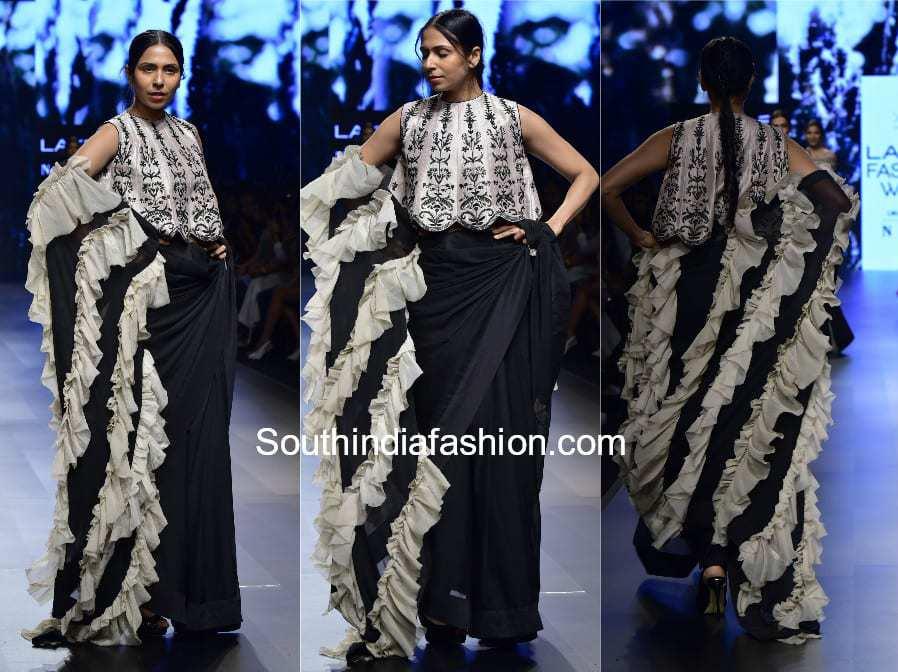 saree with ruffles