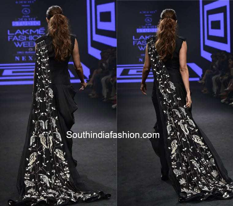 malaika arora khan lakme fashion week dhoti saree