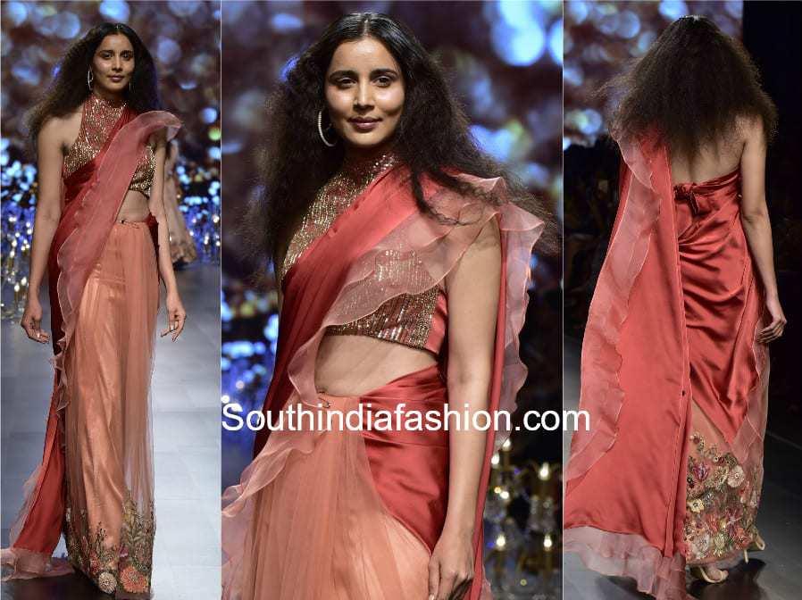 saree with ruffles borders