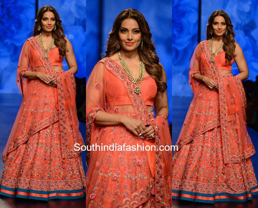 Bipasha Basu at Amazon India Fashion Week 2018 for Karishma Deepa Sondhi Show 1