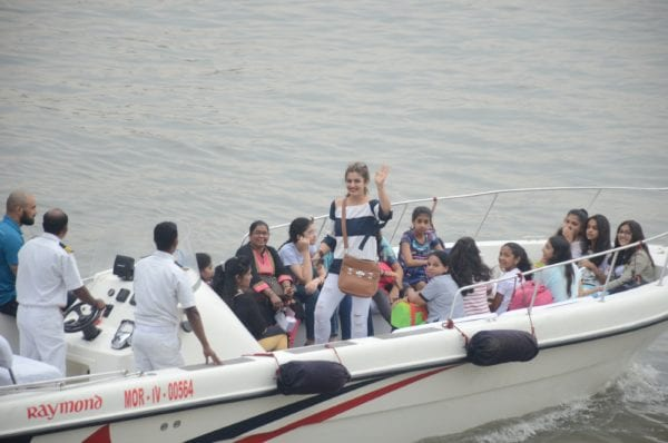 raveena tandon daughter birthday boat ride